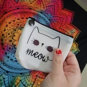 🍁 fREE WITH PURCHASE silicone cat coin purse